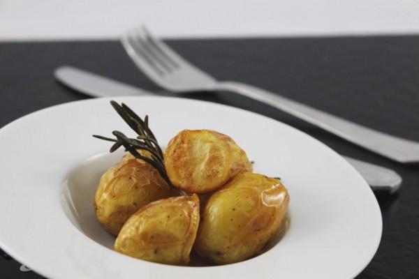 Rosmarinkartoffeln mit Hagelsalz in Olivenöl
